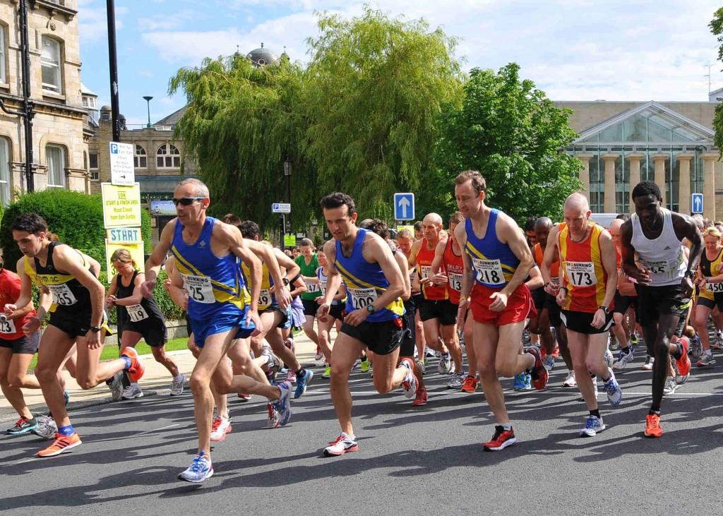 Harrogate 10K 2012 Gets Under Way